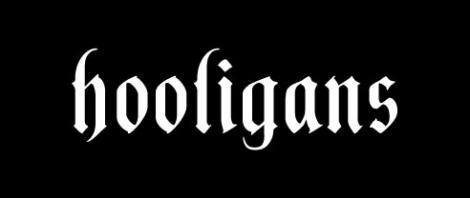 HOOLIGANS - Biely slogan
