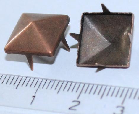 PYRAMÍDA 12 mm MEDENÁ - Jednotlivý vybíjanec